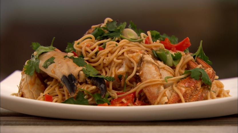 Chilli crab with egg noodles