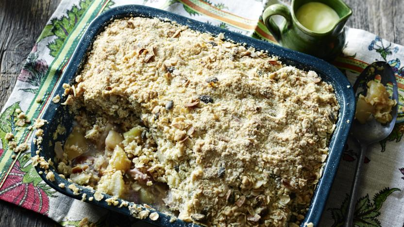 Compost fruit crumble
