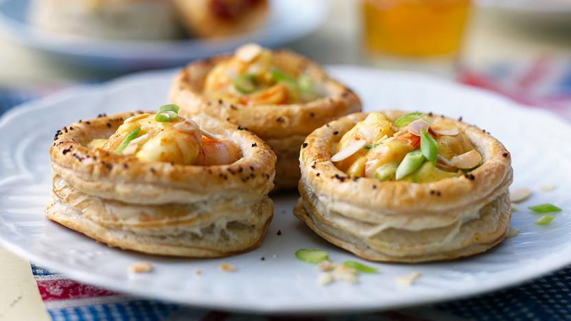 Coronation prawn vol-au-vents