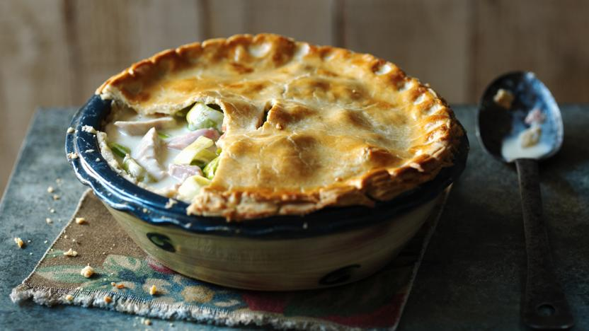 Creamy Chicken Ham And Leek Pie Recipe Bbc Food