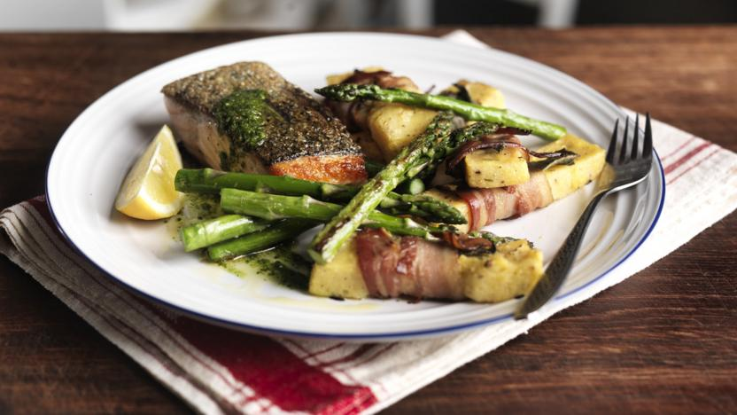 Crispy salmon, polenta chips and grilled asparagus