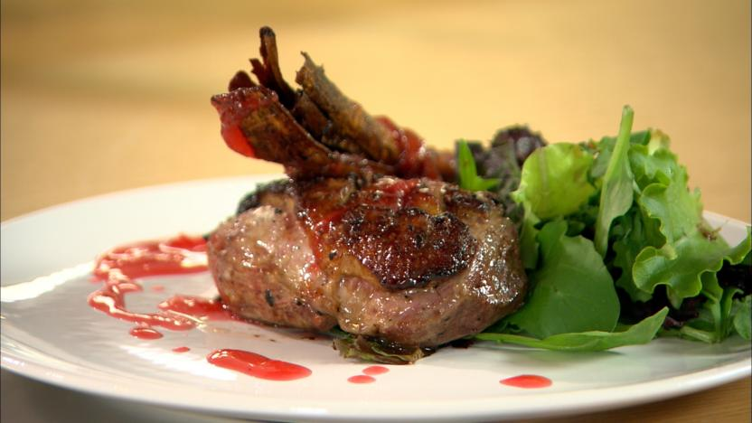 Crispy duck with apricot and plum sauce