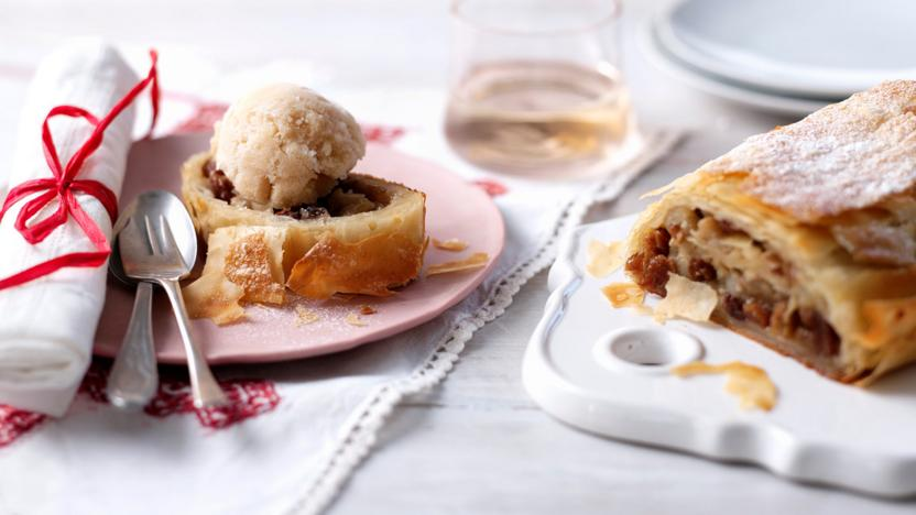 Earl Grey sorbet with pear, Earl Grey and cinnamon strudel