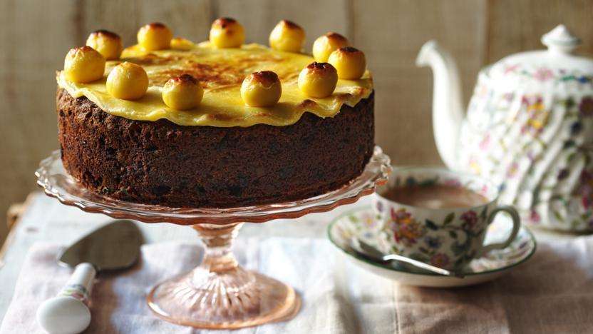 Cake Recipes Online Uk: Easter Simnel Cake Recipe