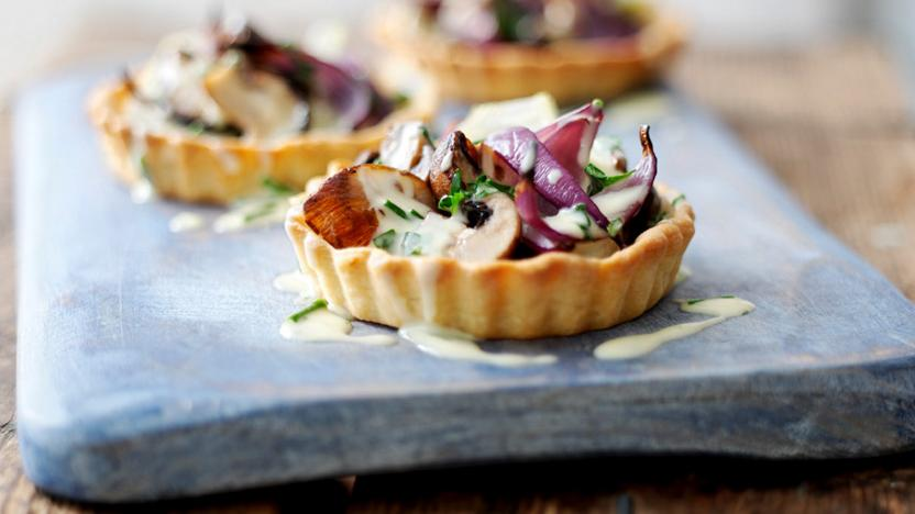 Fennel and mushroom tartlets