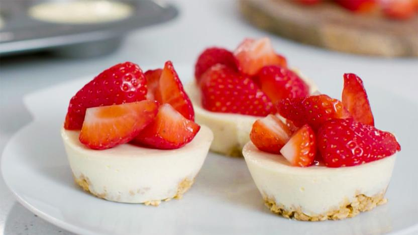 Healthier mini cheesecakes