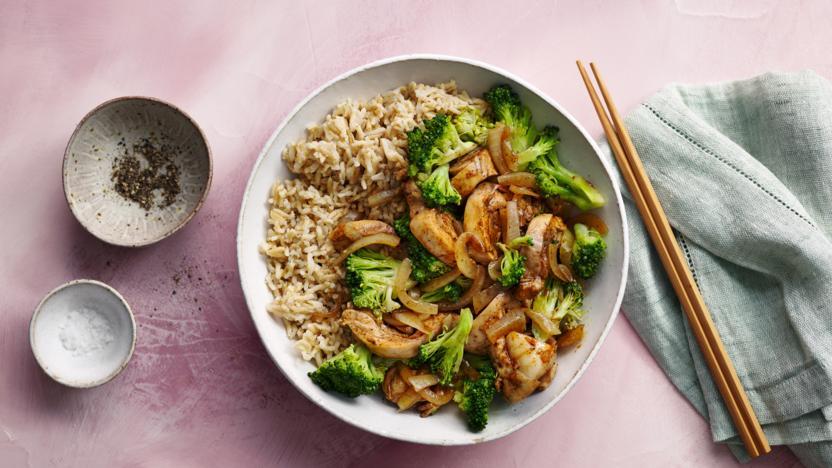 Healthy chicken stir-fry