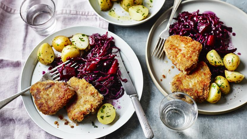 Icelandic breaded lamb chops with spiced red cabbage