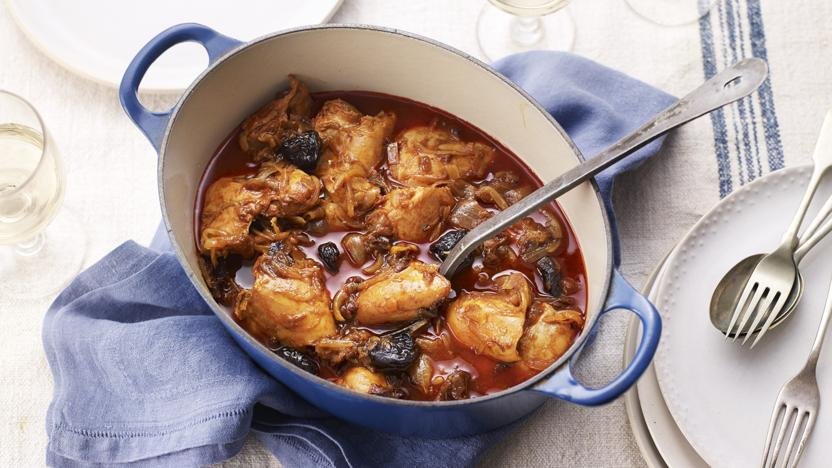 Kozani chicken with prunes, saffron and paprika