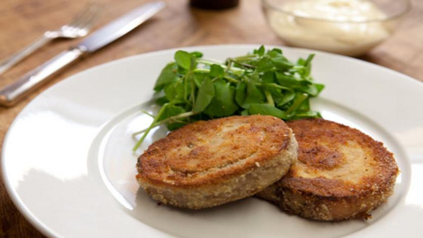 Lamb slice with garlic mayonnaise