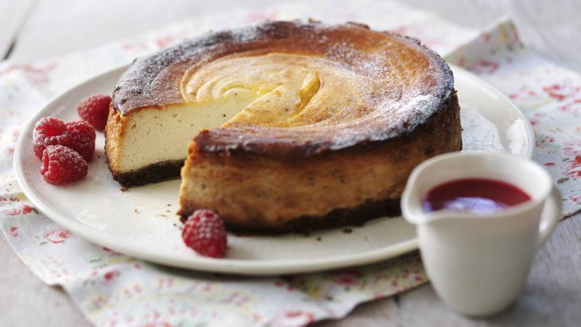 Lemon and poppyseed cheesecake