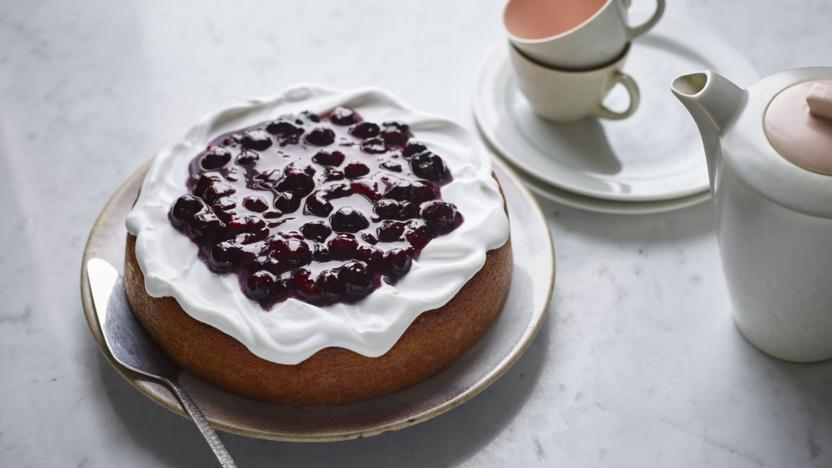 Sponge Cake With Blueberry Compote And Yogurt