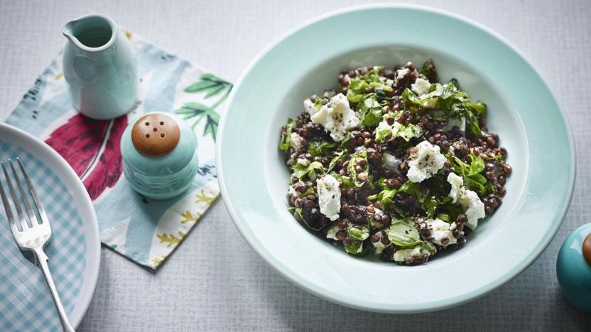 Lentils and goats' cheese