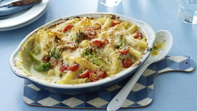 'Lighter' chicken pasta bake