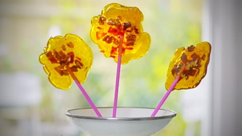 Maple bacon lollies