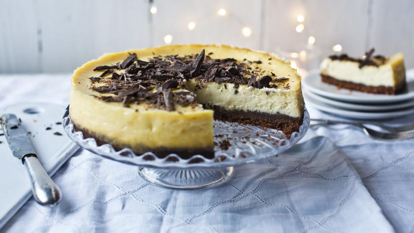 White chocolate and ginger cheesecake