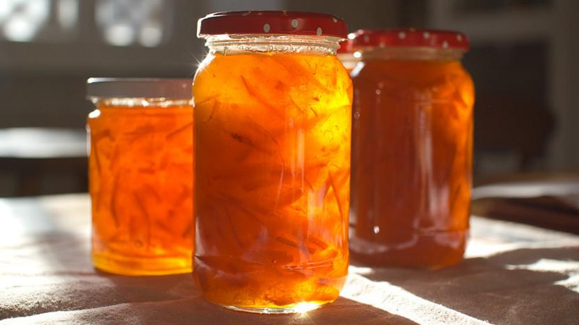 Medium Cut Seville Orange Marmalade Recipe Bbc Food