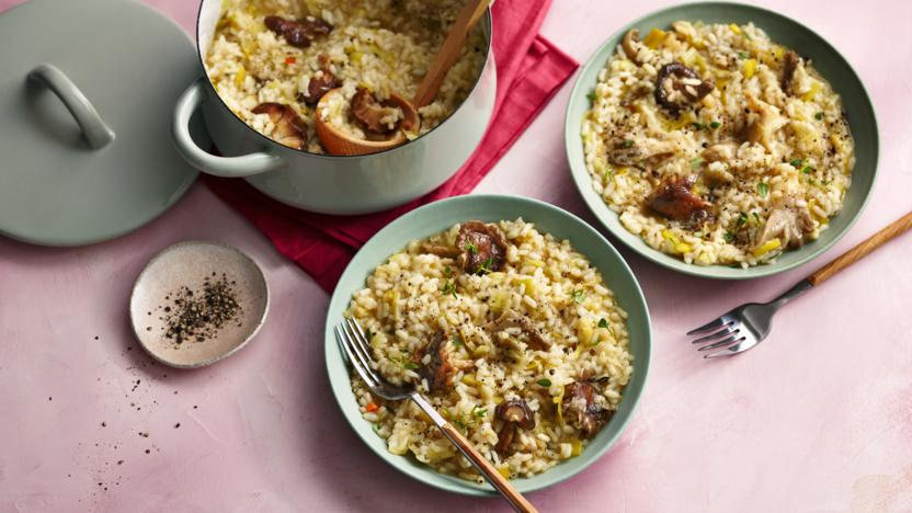 Vegan risotto with mushroom and leek