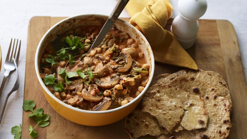 Mushroom, chickpea and spinach curry