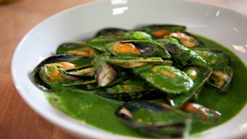 Mussels 'Rockefeller' style