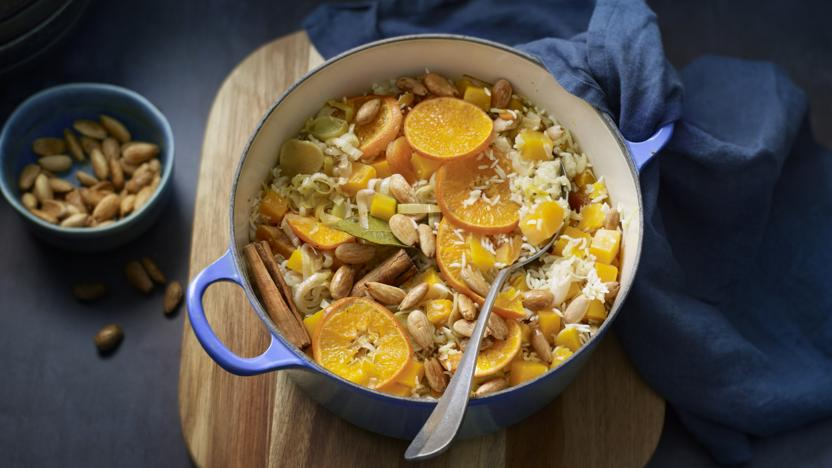 One-pan pilaf with butternut squash, apricots and almonds