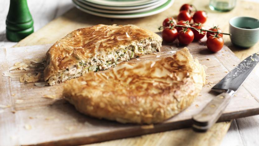 Pan-fried chicken pie