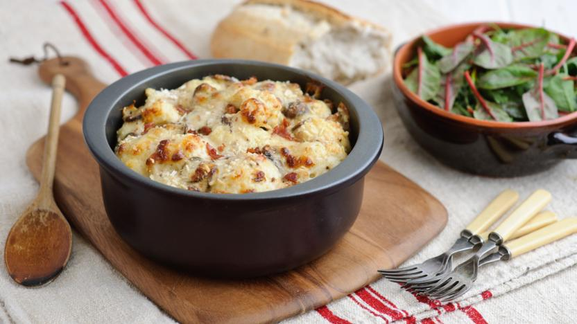 Perfect cauliflower cheese with bacon