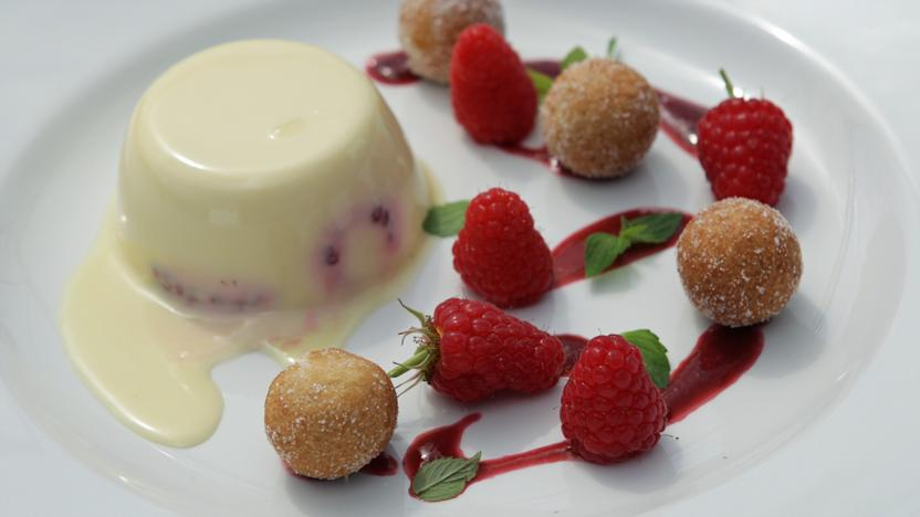Raspberry panna cotta with doughnuts