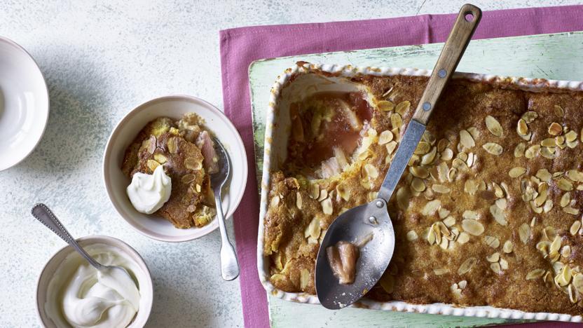 Rhubarb and apple Easter torta