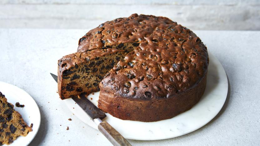 Rich all-purpose fruit cake