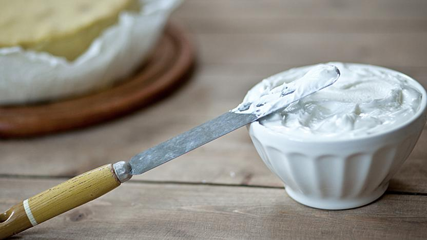 Mary Berry S Royal Icing Recipe Bbc Food