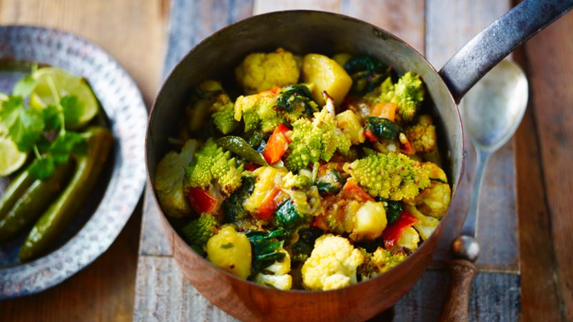 Saag aloo with roasted gobi curry