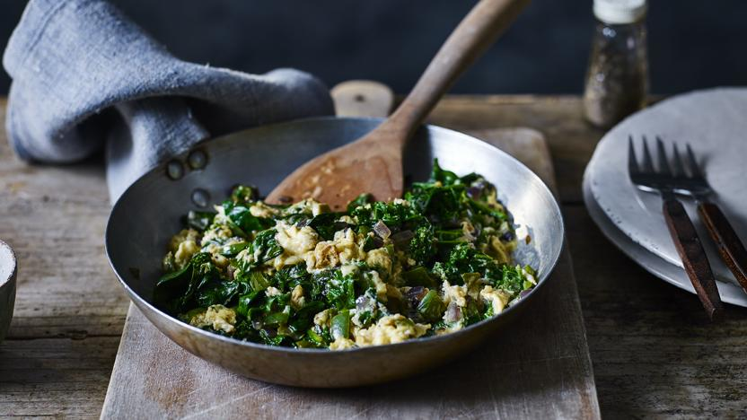 Scrambled eggs with spinach and kale
