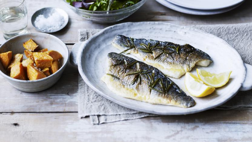 Sea bass fillet with rosemary and lemon