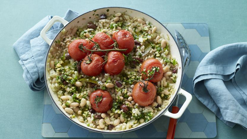 Slow-cooked tomato and fennel stew with pearl barley