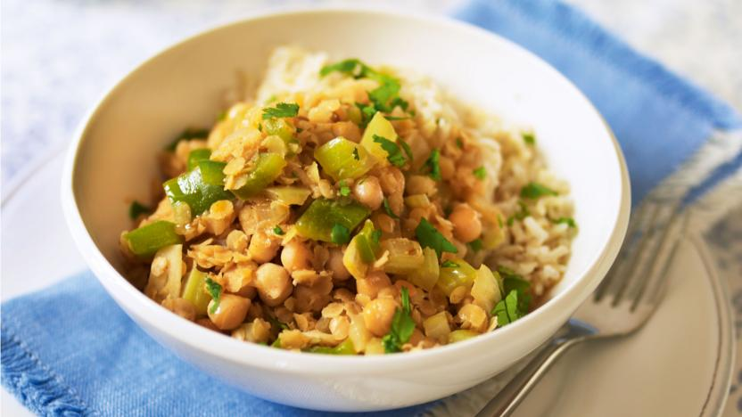 Spicy lentils and chickpeas recipe