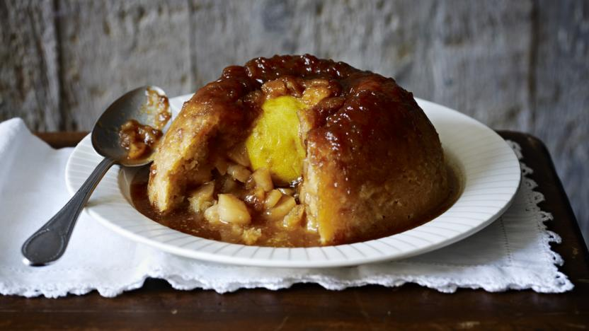 Sussex pond pudding with apples