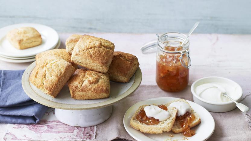 Sweet scones with coconut cream and pink peppercorn pineapple jam