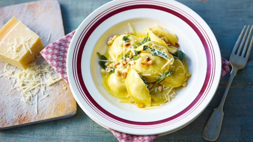 tortellini with spinach and ricotta recipe bbc food