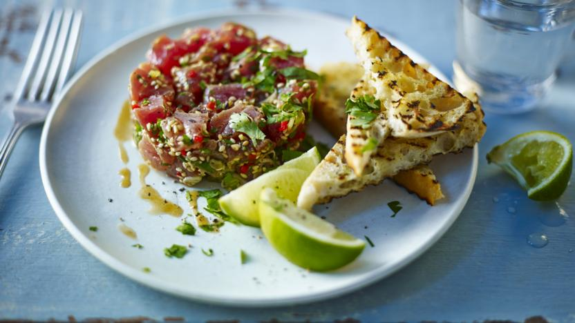 Tuna tartare with chilli, ginger and sesame