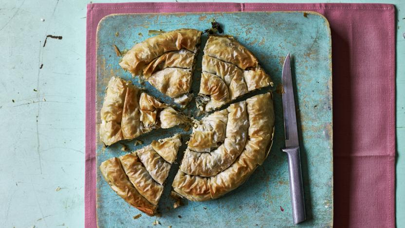 Vegan spinach filo pie recipe