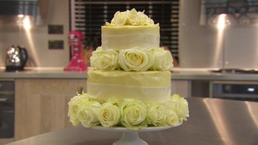Wedding Cake Recipe.White Chocolate Wedding Cake