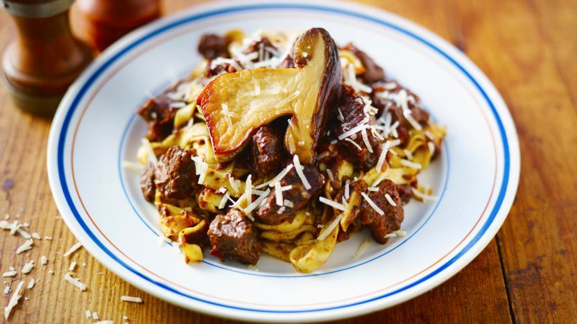 Wild boar ragù with fresh pasta