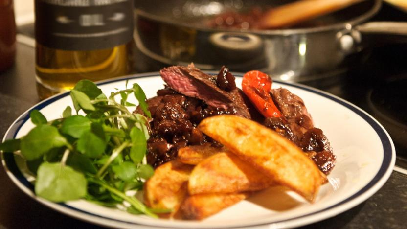 Wild Scottish venison with port, figs and potato wedges
