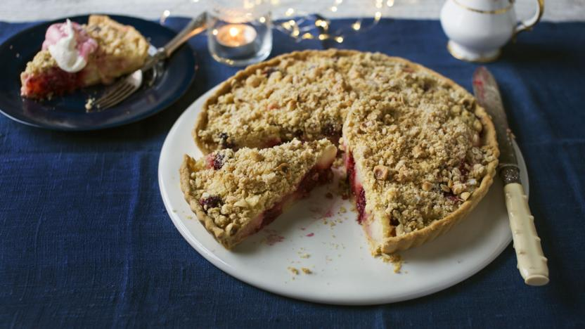Winter crumble tart
