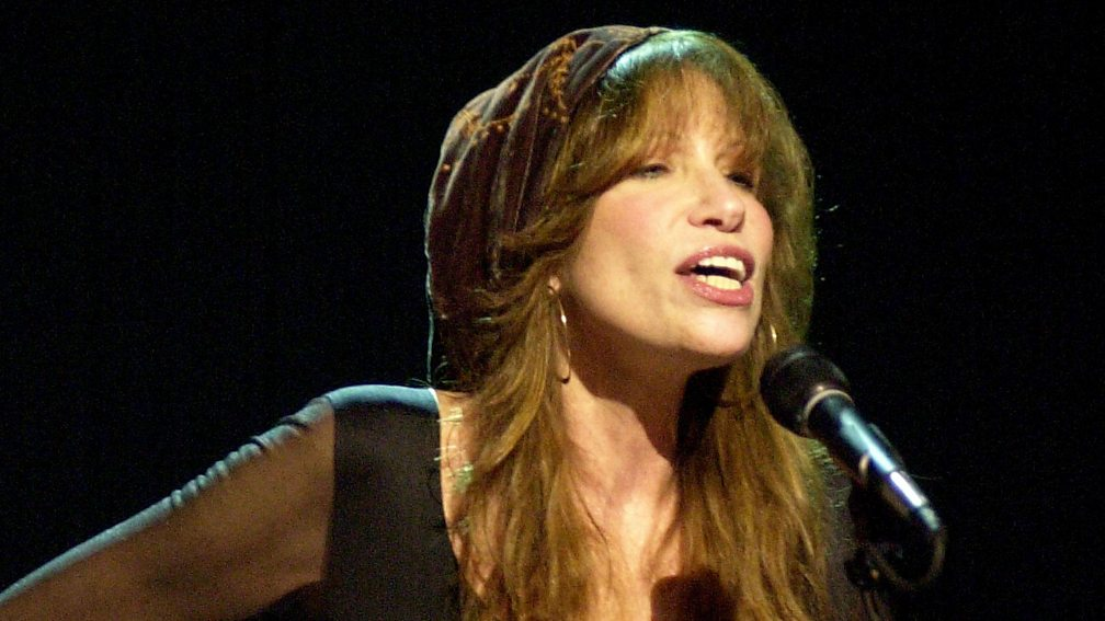 relationship between two straight lines carly simon