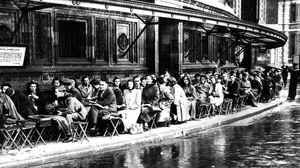 Prommers queue outside the Royal Albert Hall, 1945