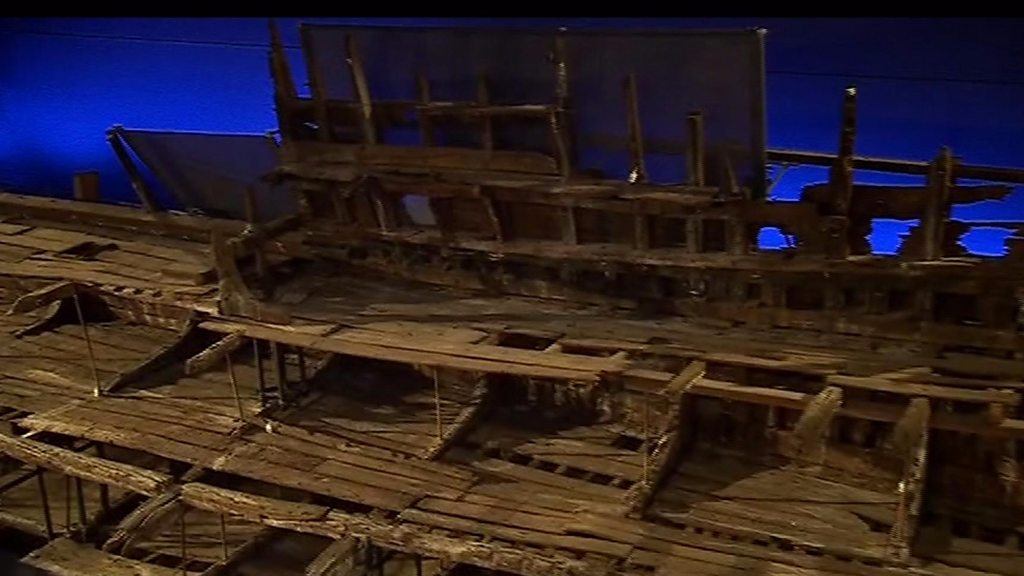 Mary Rose warship: Full view revealed after museum revamp ...