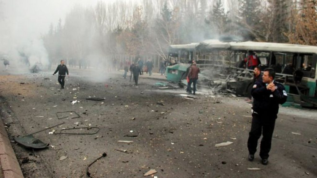 Turkish bus attack 13 off duty soldiers