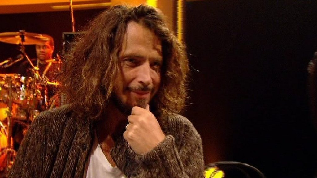 Chris Cornell: Soundgarden star hanged himself - BBC News
